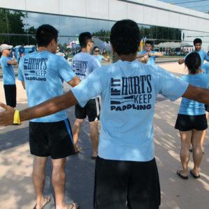 Retro cotton t-shirt group back